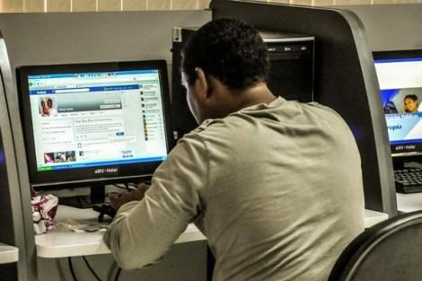 دراسة: مواقع التواصل الاجتماعي تسبب الوحدة