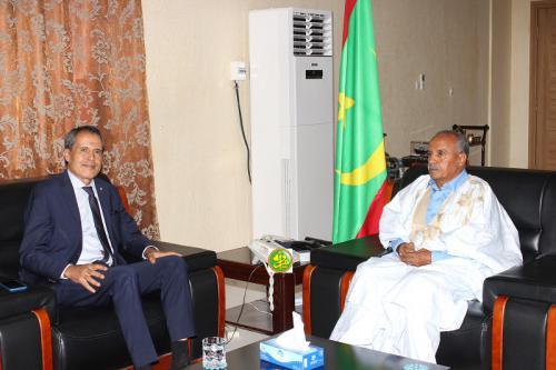رئيس الجمعية الوطنية الموريتانية يستقبل سفير المغرب.