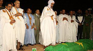 الموريتانيون يودعون الراحل اعلي ولد محمد فال