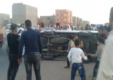 إنقلاب سيارة بالشارع العام