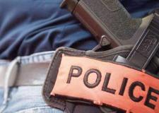 شرطي بالداخلة يستخدم سلاحه الوظيفي دون إطلاق النار.
