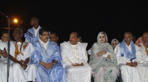 محمد ولد عبد العزيز رئيس موريتانيا يفتتح حملة الحزب الحاكم بالتأكيد على إستمرارية النظام.