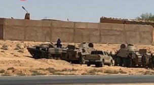 اعتقالات في صفوف الصحراويين و دبابات تحاصرهم.