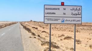 إحباط عملية هجرة من طرف الجمارك،و تجار يغلقون الطريق.