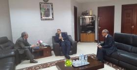 وزير خارجية موريتاني يلتقي السفير الجزائري،كما سيؤدي زيارة رسمية لبلاده.