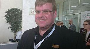 سيغورسون جيزلي رئيس الجمعية الايسلندية المغربية: أدافع عن مغربية الصحراء في برلمان بلادي والمسؤولون الاوروبيون يجهلون تاريخ النزاع المفتعل.