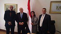 السفير المصري بالرباط يبحث مع وفد ثقافي وفني مغربي سبل دعم العلاقات.