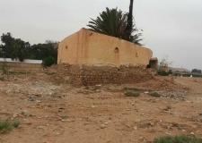 ترميم بناية بوادي إبن أخليل بطانطان تعود للمستعمر الإسباني تثير  اللغط.