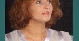 الفنانة التشكيلية خديجة أكناش تطالب بفك الحصار على الفنانين.