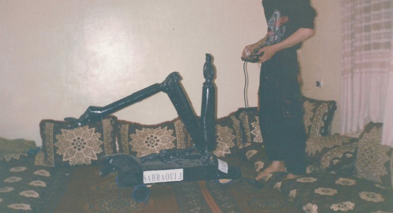 شاب صحراوي موهبة في الابتكار والاختراع يواجه التهميش والإقصاء في العيون