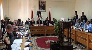 دورة المجلس الجهوي للداخلة دورة مناقشة إتفاقيات الشراكة بإمتياز.