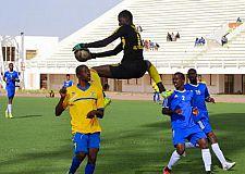 جدل كبير في موريتانيا بعد لقطة حارس مرمى خلال مبارة في كرة القدم