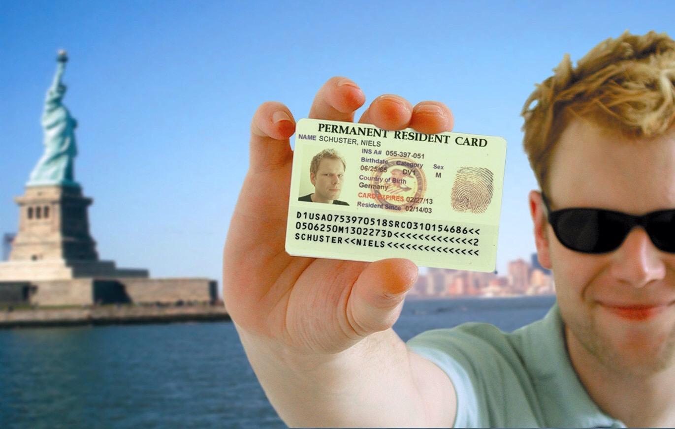 """انطلاق عملية التسجيل في برنامج قرعة """"تأشيرة التنوع"""" للهجرة نحو أمريكا برسم سنة 2017"""