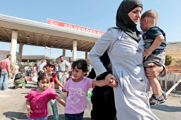 اللاجئون السوريون من شوارع موريتانيا إلى المغرب ثم  سبتة و مليلة.