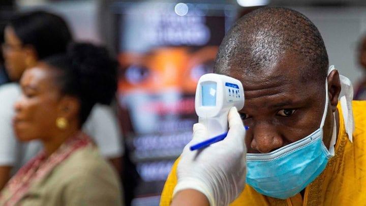 أفريقيا تقترب من 2,2 مليون مصاب بفيروس كورونا